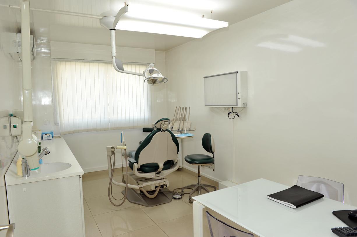 dentiste nogent sur marne les locaux drs marc amar et jonathan amar. Black Bedroom Furniture Sets. Home Design Ideas
